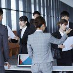 社員研修の実施をアウトソーシングすべきか否か